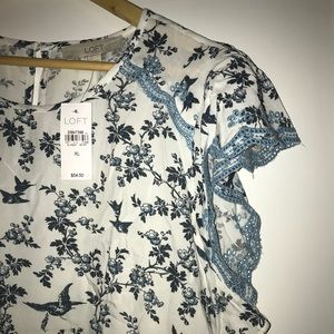 NWT Loft Embroidered Flutter Sleeved Top Size XL